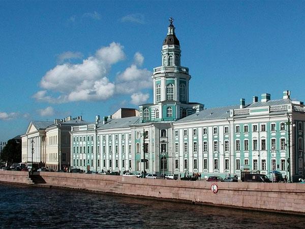 v-saratovskoy-oblasti-parni-dlya-intima